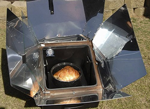 Solar oven with bread